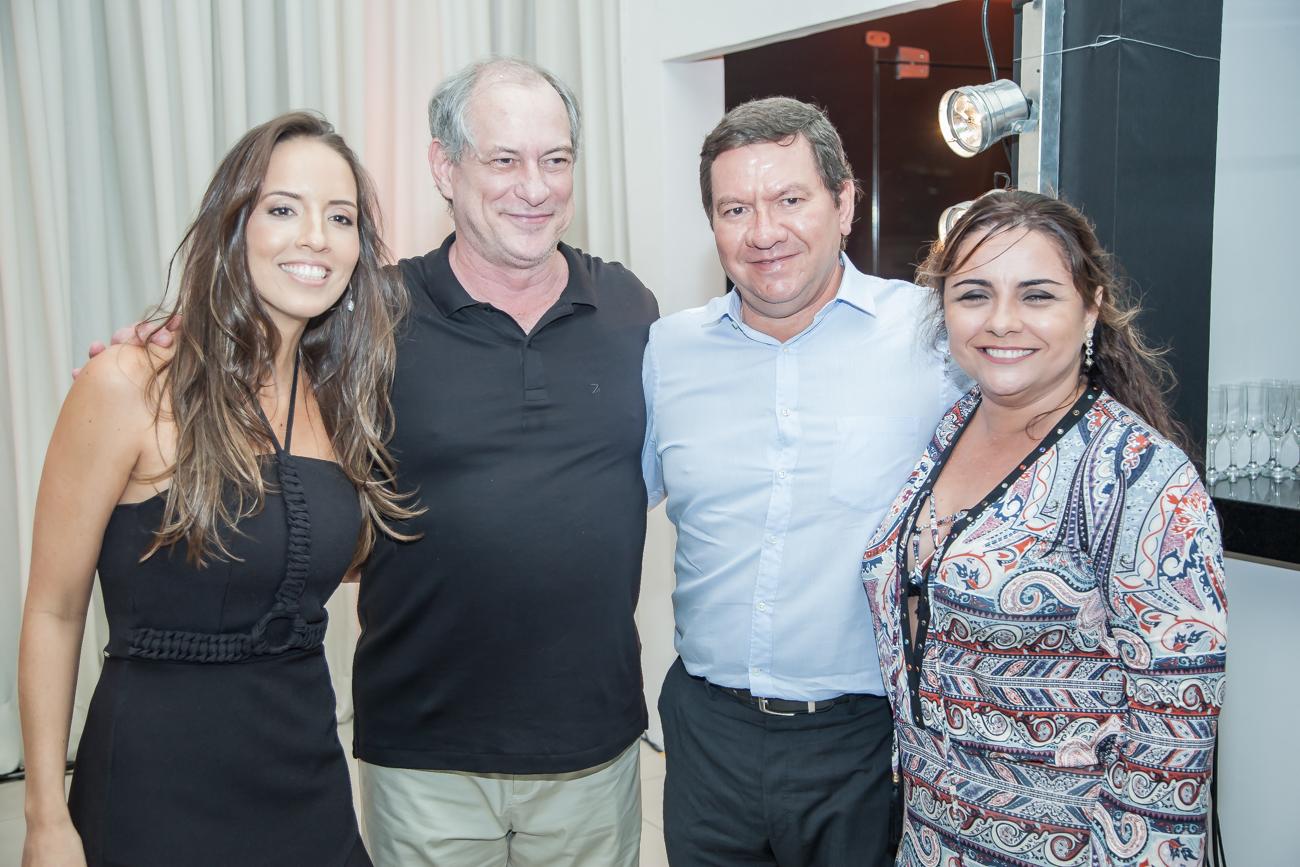 Giselle Bezerra Ciro Lucio E Adriana Ferreira Gomes