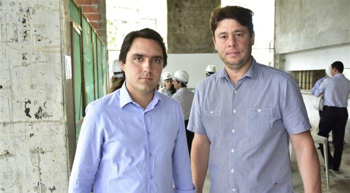 Fernando Castelo Branco E Ricardo Ary Filho