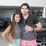 Larissa Ikeda E João Garcia