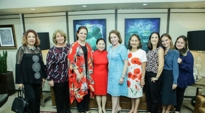 Vania Dummar, Annette Castro, Ethel Whitehurst, Chieko Aoki, Janete Vaz, Graça Dias De Sousa,Ana Cristina, Patricia Morais E Tatiana (2)