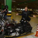 Clientes Harley Davidson, Chegando Para O Test Drive Da Lexus (2)