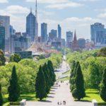 MELBOURNE É A CAPITAL FINANCEIRA E TIDA COMO A MAIS EUROPÉIA DA AUSTRÁLIA.