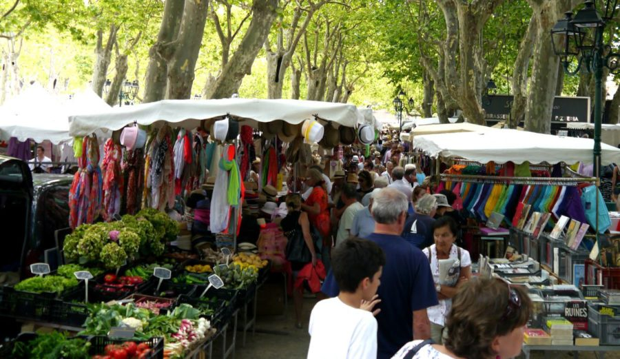 St Tropez Market Jpg