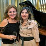 Elizabeth Araujo E Silvia Nobrega 01