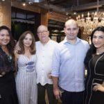 Cristina Linheiro, Beth, Domingo, Andre E Danelle Linheiro