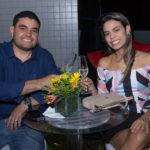 Lucas Apolônio E Livia Alves