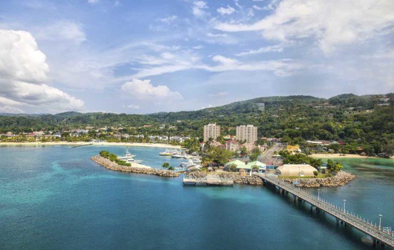 Jamaica: cultura rasta, compras e muita natureza em pleno Caribe