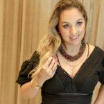 Natalie Tavares (25)