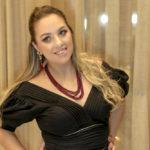 Natalie Tavares (27)