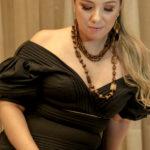 Natalie Tavares (36)