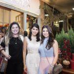 Camille Calheiros, Flavia Laprovitera E Thamis Briand