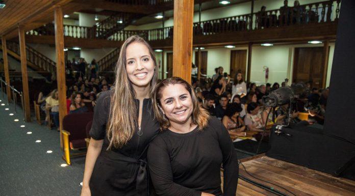 Giselle Bezerra E Adriana Gomes