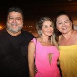 Colombo Cialdini, Thiara Tavares E Lili Cialdini (1)