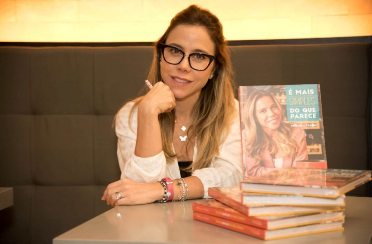 Lançamento do livro de Mirella Freire