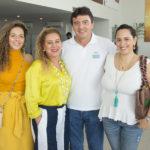 Gabriela E Brícia Carvalho, Luiz Teixeira E Mayra Carvalho (10)