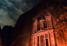 Petra+By+Night_+is+it+worth+it