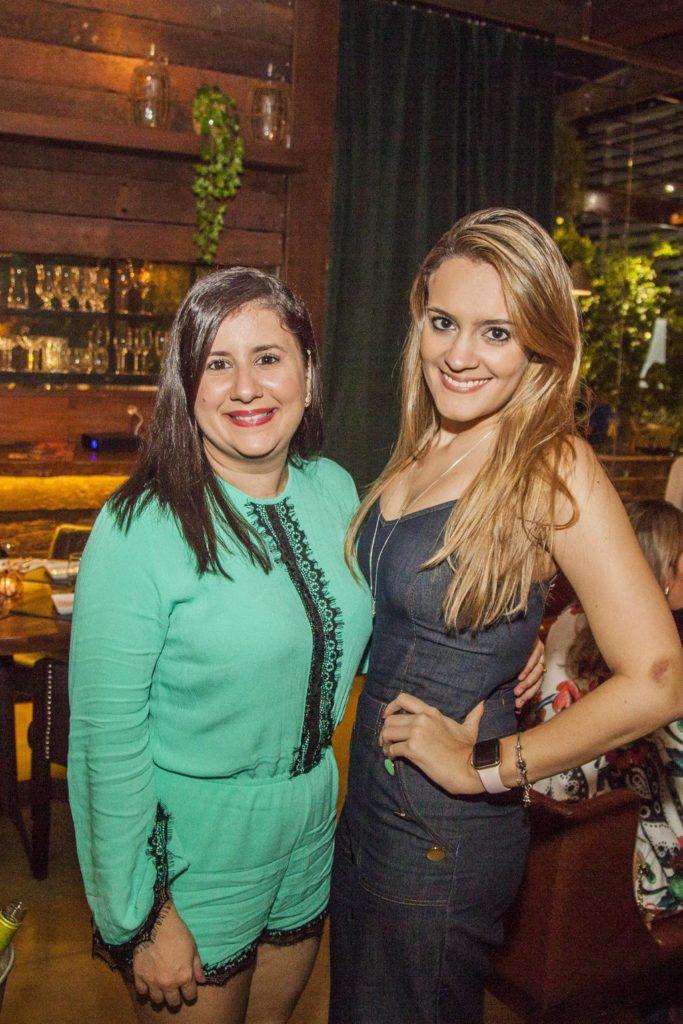 Camila Gonçalves E Caroline Lustosa (2)