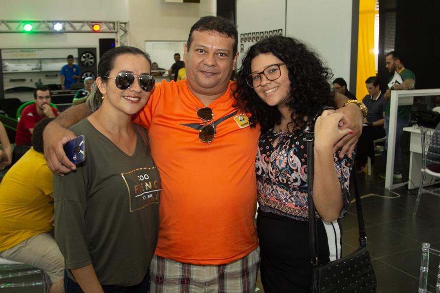 Clecivânia Pinho Josafar Pinho E Flávia Samires 1 3