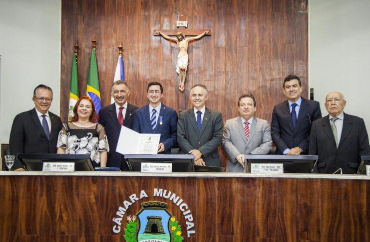 Entrega Da Medalha Boticário Ferreira A Roberto Victor Pereira Ribeiro 3
