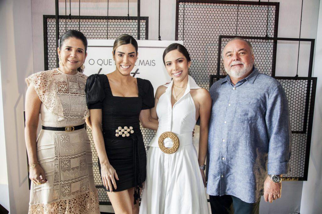 Maria Lucia Carapeba , Juliana Cordeiro, Nicole Vasconcelos E Pedro Carapeba(3)