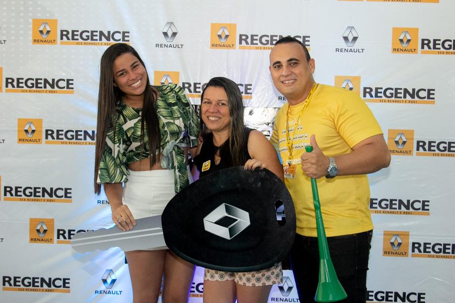 Renault Regence Realiza Campanha De Vendas 41 3
