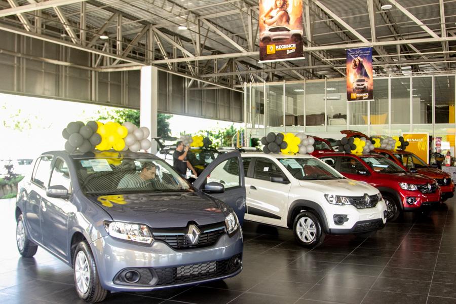 Renault Regence Realiza Campanha De Vendas 5 4