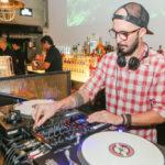 DJ FILL 5 150x150 - Noite de sexta-feira no Moleskine é sempre motivo para celebrar
