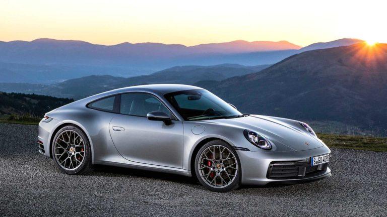 Porsche 911 ganha lançamento mundial e chega ao Brasil em maio