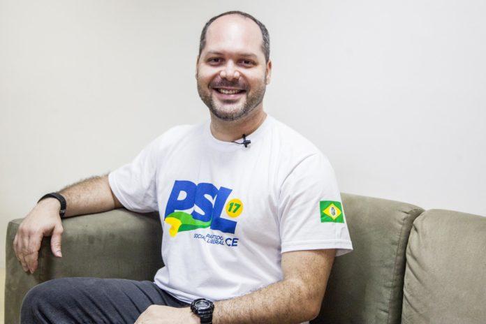 Heitor Freire apresenta projeto de habitação para agentes de segurança
