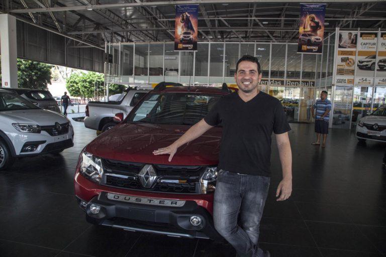 Ação de vendas da Renault Regence oferece 12 parcelas grátis
