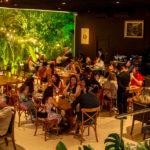 Jéssica-Correia-Paulo-Barreto-William-Basto-e-Raquel-Andrade-150x150 Clássicos da Disco Music embalam noite do Pipo Restaurante