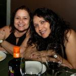 Janne Vallerie E Adna Fernandes