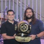 Luiz Sobreira e Nicholas Guimarães 150x150 - Selvagens entrega itens para a memorabilia do Hard Rock Cafe