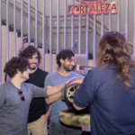 Selvagens à Procura de Lei Hard Rock Café 13 150x150 - Selvagens entrega itens para a memorabilia do Hard Rock Cafe
