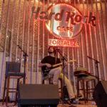 Selvagens à Procura de Lei Hard Rock Café 2 150x150 - Selvagens entrega itens para a memorabilia do Hard Rock Cafe
