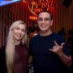 Yasmin Figueiredo e Vinícios Oliveira 150x150 - Hard Rock Cafe recebe primeira eliminatória do Viva Rock Latino