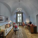 Prague 15 Suite Moser Crystal