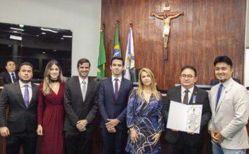 Antomario-Ora-Eduardo-Soares-Alcimor-Rocha-e-Ailton-Junior-741x486 Tapis Rouge