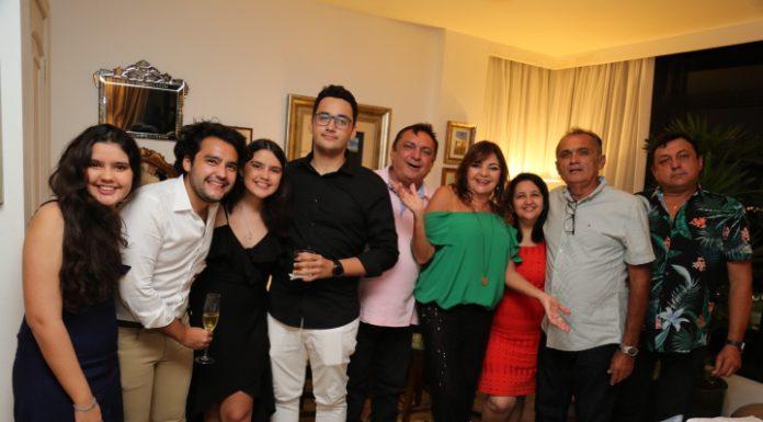 Ana Lourdes E Familia