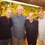 Dr Sarto Ciro Gomes Prefeito Roberto Claudoo e Antônio Henrique 2 150x150 - Ciro Gomes ganha aniversário surpresa no Pipo Restaurante