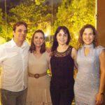 Fernando Bezerra Cristina Bezerra Renata Bezerra e Cybele Campos 2 150x150 - Ciro Gomes ganha aniversário surpresa no Pipo Restaurante