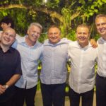 Prefeito Roberto Cláudio Ferrucio Feitosa Valdir Fernandes e Camilo Santana  150x150 - Ciro Gomes ganha aniversário surpresa no Pipo Restaurante