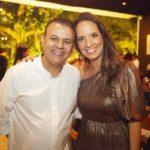 Valdir Fernandes e Gisele Bezerra 150x150 - Ciro Gomes ganha aniversário surpresa no Pipo Restaurante