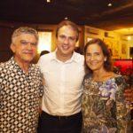 Veveu Arruda Camilo Santana e Izolda Cela 150x150 - Ciro Gomes ganha aniversário surpresa no Pipo Restaurante