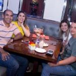 Fabricio e Luciana Pessoa Ivana e Paulo Morais 2 150x150 - Hard Rock Café promove mais uma noite do projeto Live Music