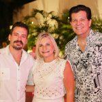 Miguel Filho Rosângela Dias e Gustavo Serpa 1 150x150 - Branca e Racine Mourão comemoram aniversário com white party