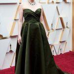 Greta Gerwig 150x150 - Tapete Vermelho do Oscar recebe estrelas para a maior festa do cinema