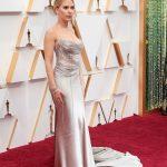 Scarlett Johansson 1 150x150 - Tapete Vermelho do Oscar recebe estrelas para a maior festa do cinema