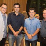 Elpídio E Rodrigo Nogueira, Erick Vasconcelos E Philip Nottinghan