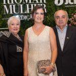 Laura, Manuela E João Nogueira